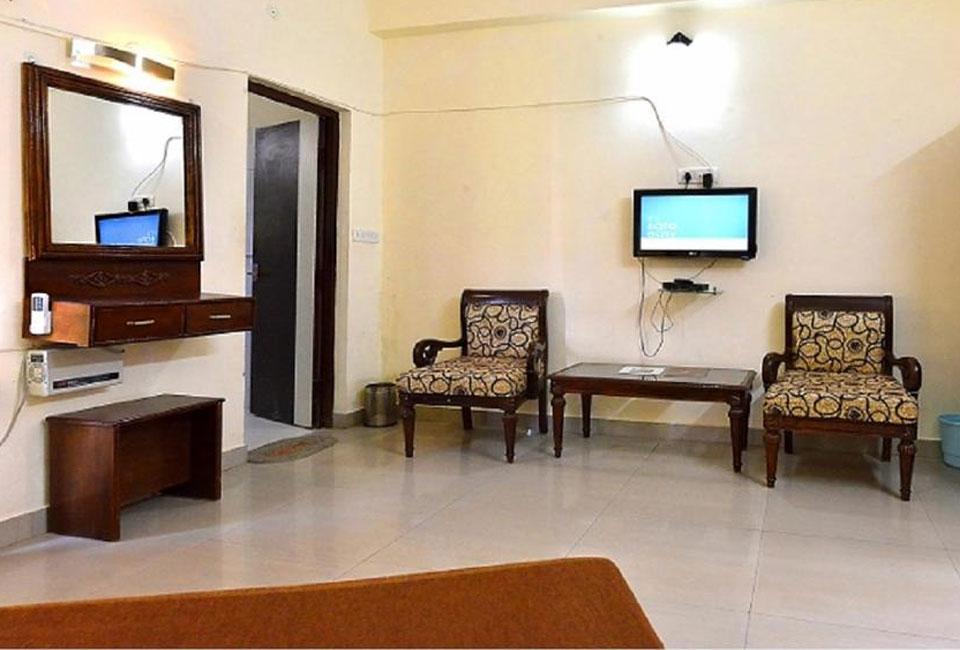 narmada-resort-maheshwar-affordable-room - Copy