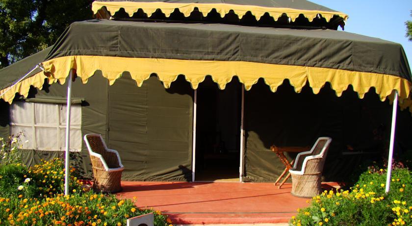 Chawandia Road Village u2013 Ganehra  Pushkar & Orchard The Luxury Tents Pushkar   Hotels in Pushkar