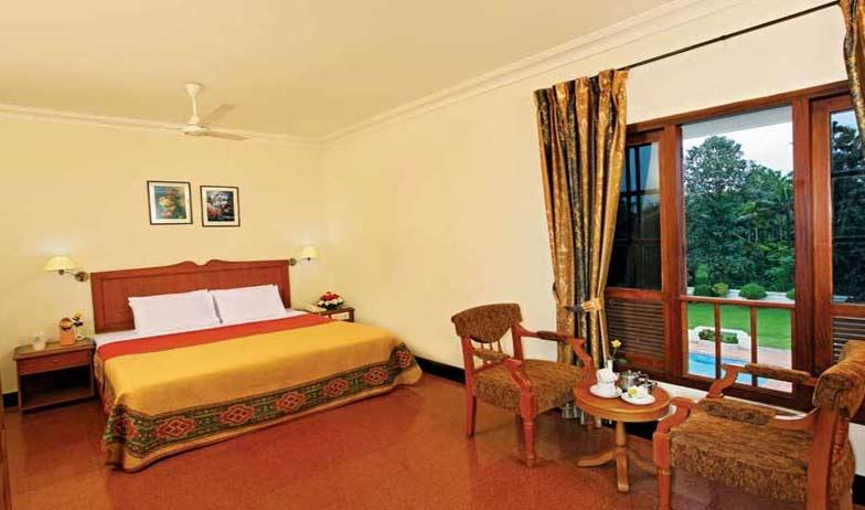 Hotel Delight Mumbai Room