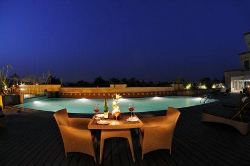Radisson Blu Agra Hotels In Agra