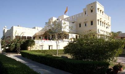 roop-niwas-palace-nawalgarh-4