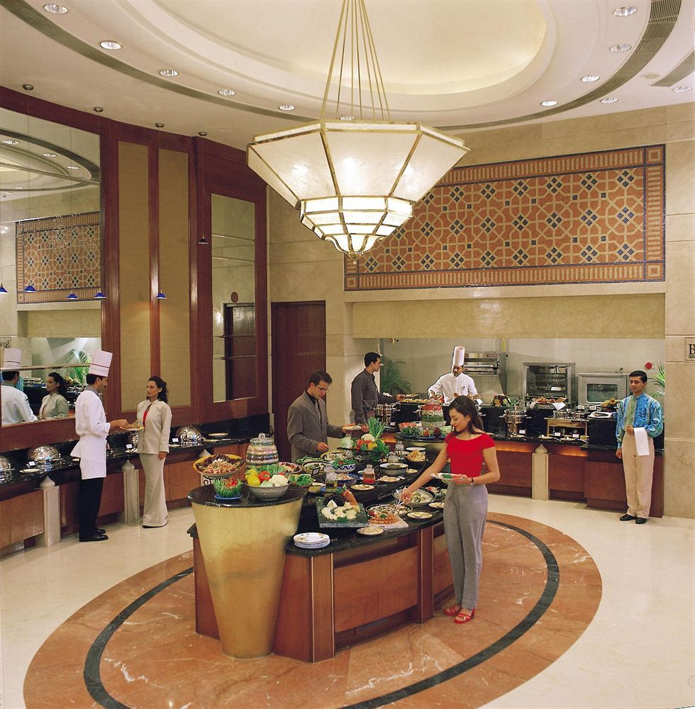 Sheraton New Delhi Hotel Indian Holiday