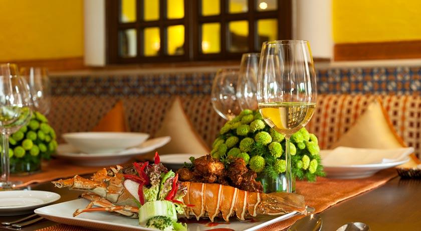 Food-Table-in-Taj-Exotica-Goa