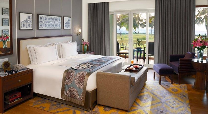 Luxury-Suite-Bedroom in Taj Exotica Goa