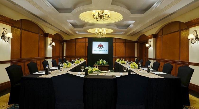 Meeting-room-in-Taj-Exotica-Goa