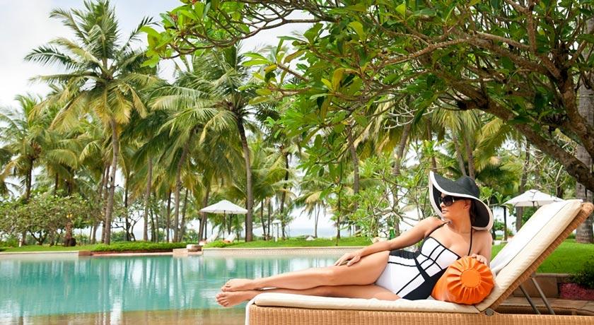Swimming-Pool-in-Taj-Exotica-Goa