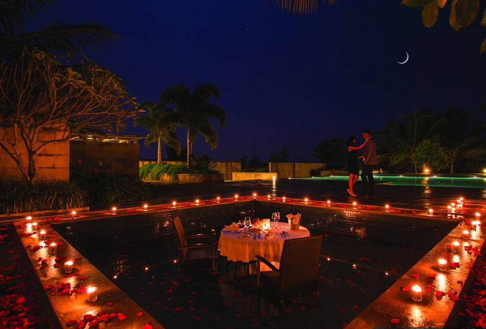 the-serai-chikmagalur-candle-night-dinner