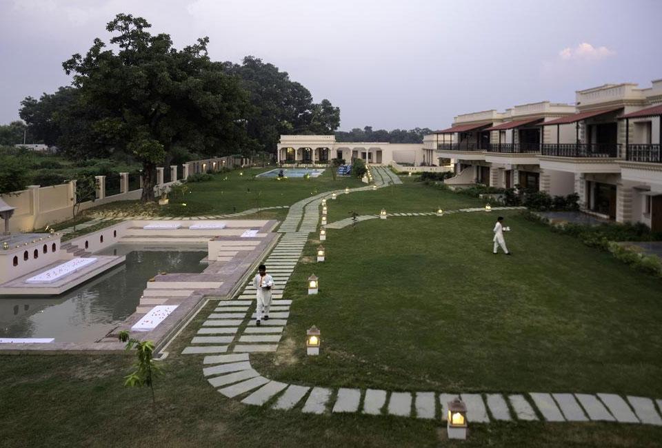 tree-of-life-resort-spa-varanasi-garden-face