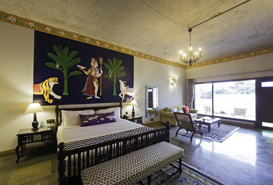 tree-of-life-resort-spa-varanasi-bed-room
