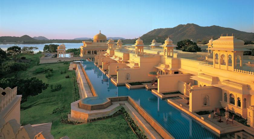 Hotel oberoi udaivilas udaipur hotels in udaipur for Best hotel designs in the world