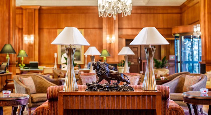 Luxury Guest Room in Wildflower Hall Mashobra
