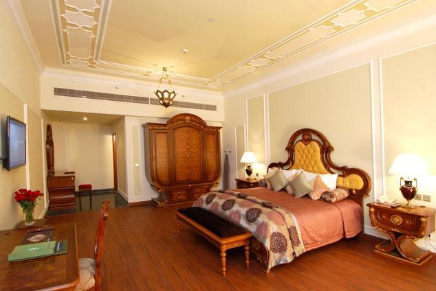 Super Deluxe in Wyndham Grand Agra