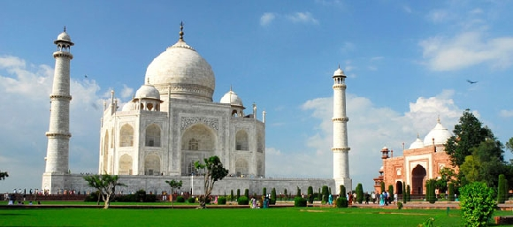 summer vacation to agra Here are top 55 weekend getaways from delhi ncr for perfect weekend holidays +91 attracts a number of tourists to spend pleasant and unforgettable vacations amidst the tranquil and summer is the best time to visit here distance from delhi: around 250kms also read: a weekend.