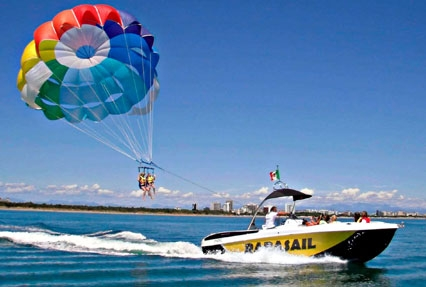 parasailing in singapore