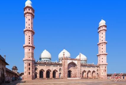 Taj-UL-Masjid