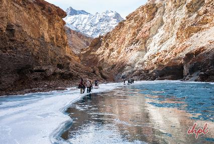 Trekking to Bardan Gompa