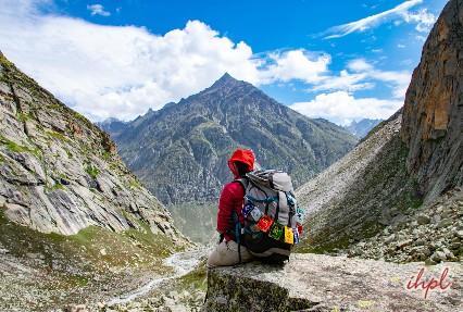Uphill trekking to Gur