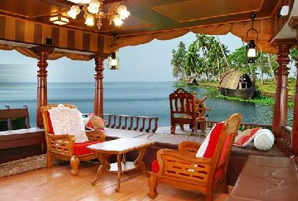 Houseboat Tour in Alleppey