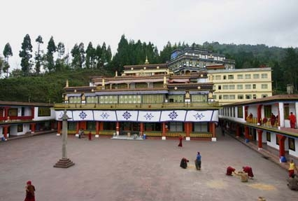 how to get a tour guide for bhutan