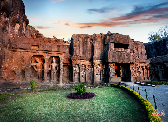 Ajanta Ellora Tour Package From Mumbai
