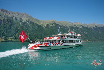 cruise around the Brienz Lake
