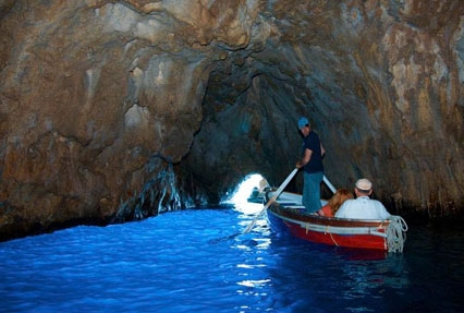 blue grotto boat tour