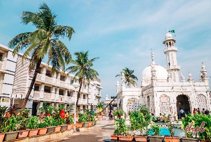 Haji Ali Dargah Mosque in Mumbai