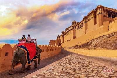 Honeymoon at taj lake palace
