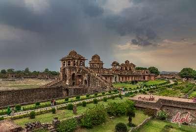 Jahaz Mahal in mandu