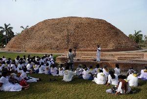meditation park mathakuar shrine makutabandhana kushinagar kushinagar    Kushinagar Park