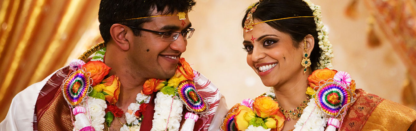 https://www.indianholiday.com/pictures/wedding/subcategories/gallery/south-indian-wedding-traditions-3978.jpg